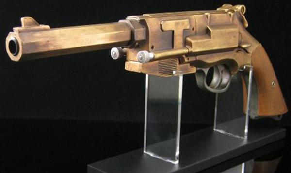 qmx-firefly-mal-reynolds-pistol