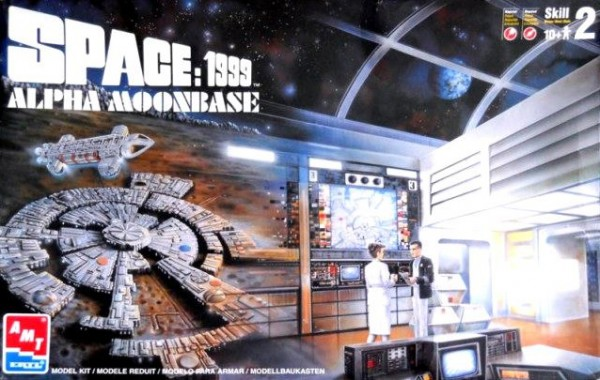 moonbase-alpha-ertl-repro-kit-cover