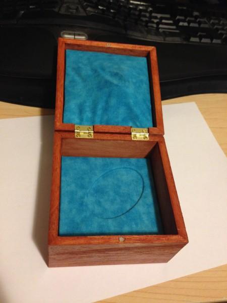 narwhal-box-interior-01